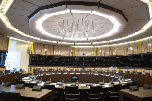 What public stimulus at EU level ?
