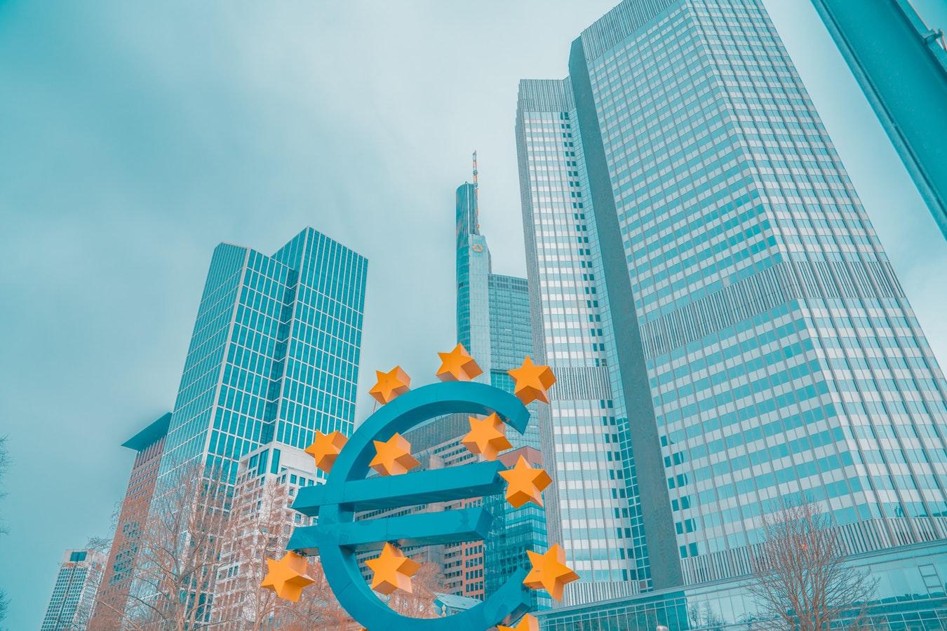 Donner à l'euro un rôle stratégique sur la scène internationale | Radio RCF