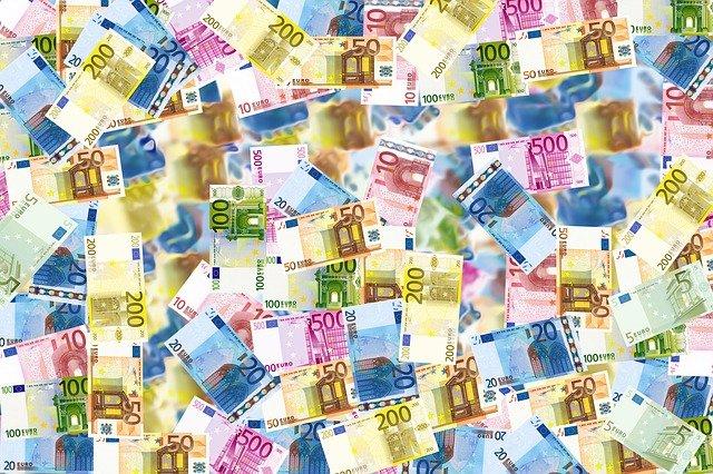 L'Europe renforce son arsenal de lutte contre le blanchiment d'argent et le financement du terrorisme